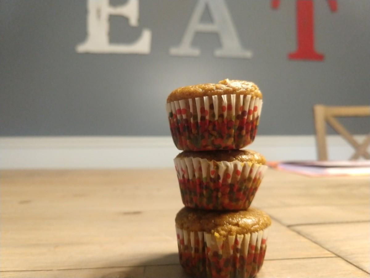 One-Bowl Mini Pumpkin Spice Muffins (Flourless)